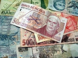 Vale Un Peso Mexicano Hay Que Ver Contra Lo Comparamos Aunque Todos Tenemos En Claro La Referencia Básica Es El Dólar O Cualquier Otra Moneda